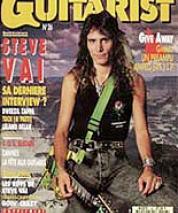 1991_06_guitarist