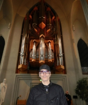 church-in-iceland-1