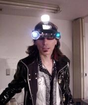 tokyo3_backstage_headgear3